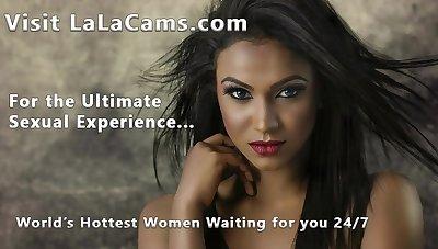 Mozenrath Presents : Indian Sexy Girls Lambaste On Cam