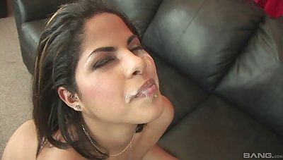 The man hot beauty rainy and sucking a broad in the beam malignant cock in this POV video