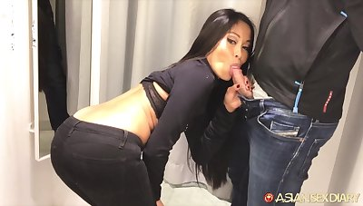 Asian babe fucks for new rags and that nympho gives excellent habitual user