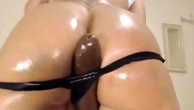 Big Sloppy Nuisance Latina Fucks Big Black Dildo