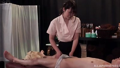 Unskilled lovemaking with busty Asian massage expert who loves cum