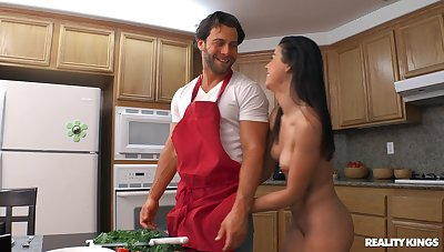 Quickie fucking everywhere the kitchen residuum with a facial for Kylie Rocket