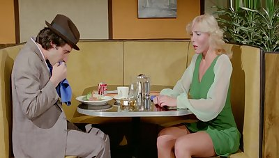 Holly Wood - Sweets Goes To 1979 Classic Porn Movie